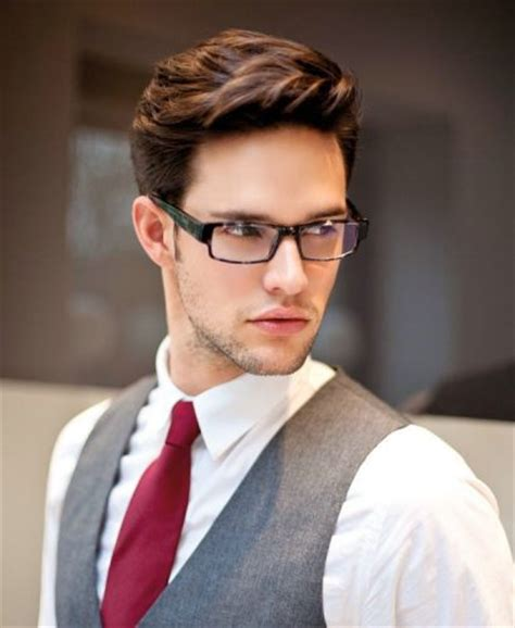 15 easy medium hairstyles for college boys to enjoy
