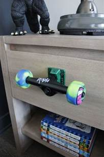 Skateboard Bedroom 20 Fun And Creative Skateboard Upcycling Ideas Hative