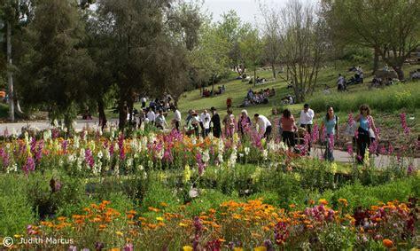 Botanical Gardens Summer C Gardens Across Globe Admire New Model In Jerusalem Israel21c