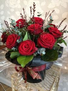 how to send flowers for valentines day dozen roses for valentines day