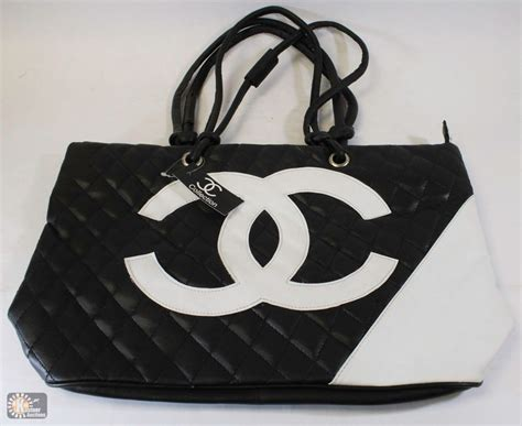 Replica Chanel Purse by Replica Chanel Purse With Large White Logo Kastner Auctions
