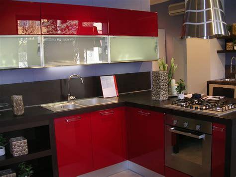 cucina rossa laccata offerta scavolini sax rossa cucine a prezzi scontati