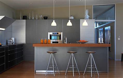 Délicieux Balance Cuisine Design #2: Brilliant-modern-kitchen-with-plenty-of-metallic-hues.jpg