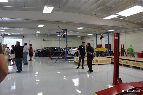 Tesla Services A Sneak Peek At Tesla Gigafactory Employee Salaries