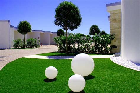 lione solare da giardino gradina moderna in ton cu ultimele tendinte