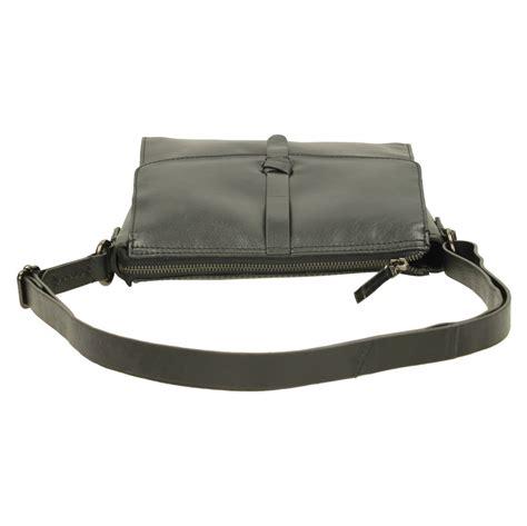 Töff Bekleidung Damen by Damen Clarks Leder Schultertasche Touch Moderne Ebay