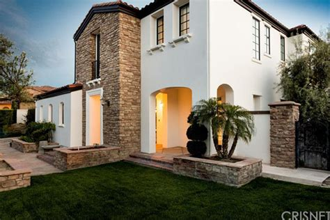 Home House Address Jenner House Tour Calabasas Ca Starter Home