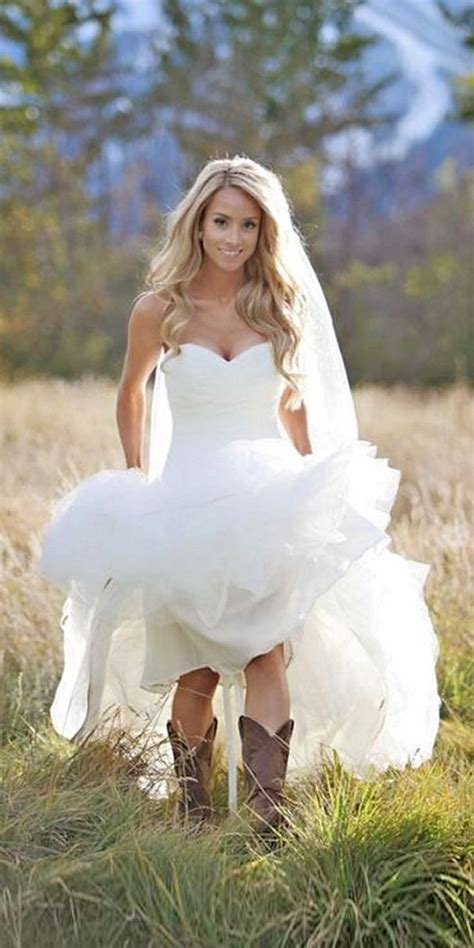 wedding dresses for country wedding 25 best ideas about simple country wedding dresses on