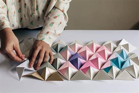 Origami Wall Diy - diy origami wall display design sponge