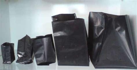 Polybag Hitam Ukuran 18 X 18 Cm 100 Lembar 1 pengertian dari polybag bisnis singan
