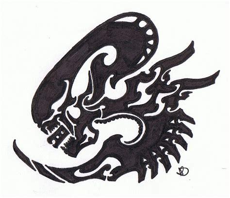tribal xenomorph tattoo tribal xenomorph by helletic hybrid on deviantart