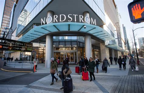 Nordstrom Rack Hours Seattle by Nordstrom Website Crashes During Anniversary Sale Chicago Tribune