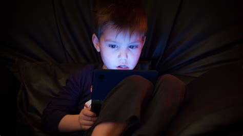 cohabitation effect it s not real says new study on the tv and video games really are bad for your kids it says