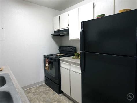 one bedroom apartments in colorado springs rosewood apartment homes apartments colorado springs co