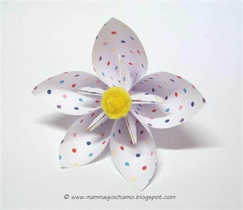 fiore carta mamma giochiamo 4 lavoretti di primavera da fare con i