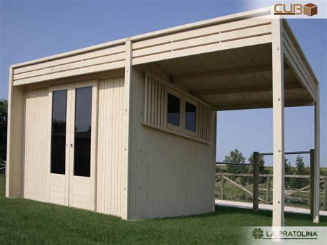 tettoia moderna casetta in legno moderna 3x3 con tettoia la pratolina