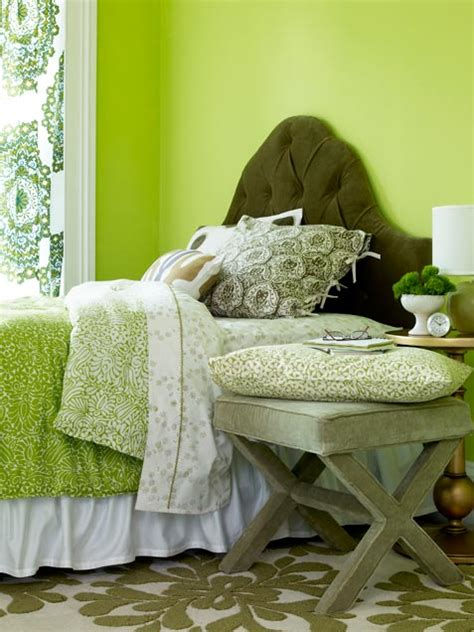 bright green bedroom 69 colorful bedroom design ideas digsdigs