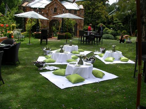 Garden Decoration Johannesburg by Green White Picnic Wedding By Www Dialapicnic Co Za