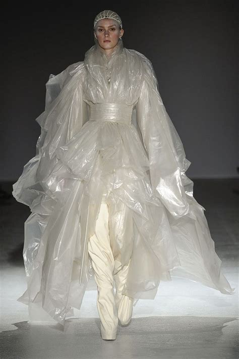 Refashioned From Waste To Wear Lecture During Fashion Week by Best 25 Recycled Fashion Ideas On Paper