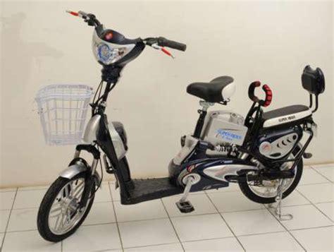 Sepeda Listrik Neptunus Sepedah Motor sepeda motor listrik earth neptunus halomurah