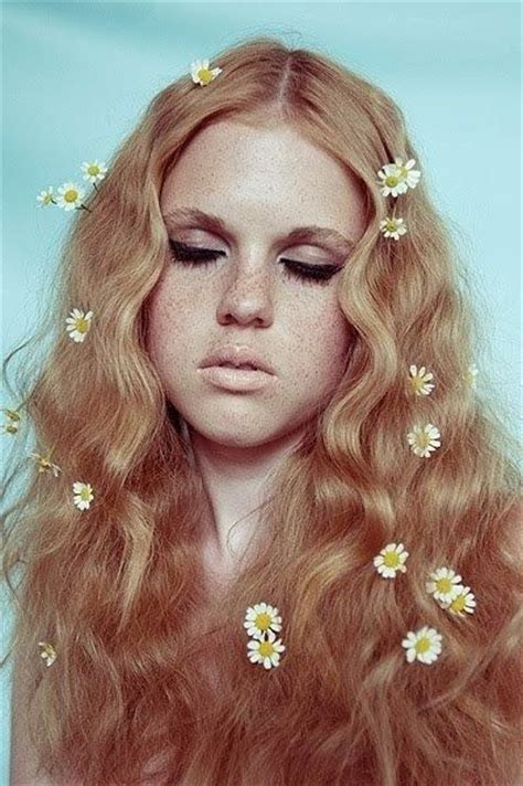 womens hairstyles from the 60s 70s ehow uk the 25 best ideas about 70s hair on pinterest 70s