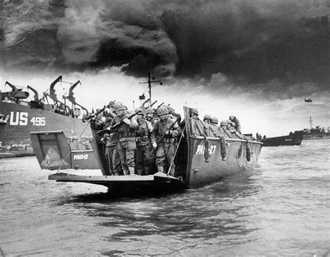 german u boats d day american soldiers disembarking from an lci landing craft