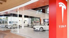 Tesla Motors Boston Tesla Opens Boston Store Mulls Area Expansion