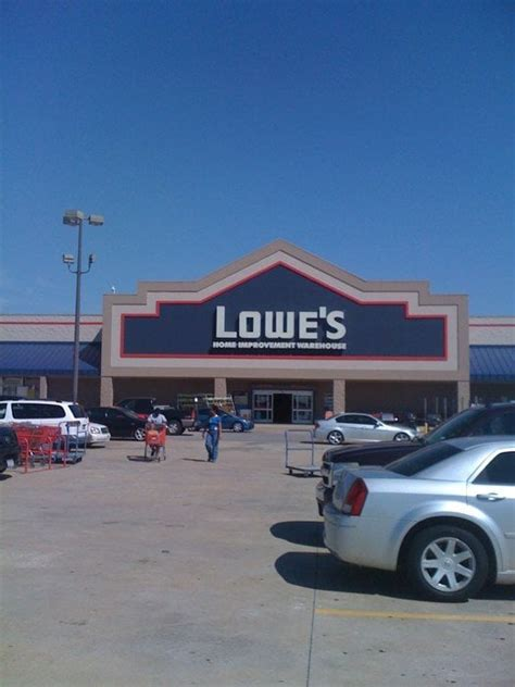 lowe s home improvement center 20 reviews building