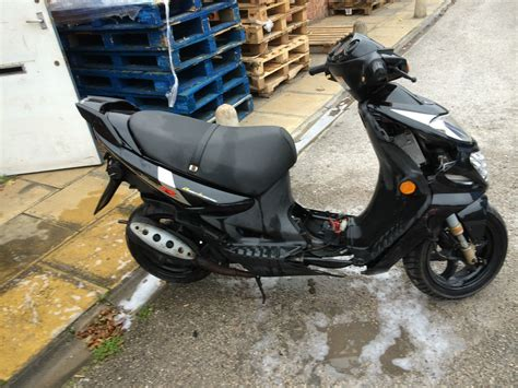 Suzuki 50cc Moped Suzuki Ay50 Katana Scooter 50cc Moped None Runner