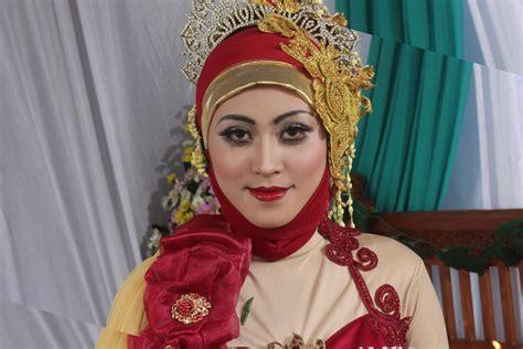 tutorial hijab pengantin muslim modern tutorial hijab kebaya pengantin muslim modern 2