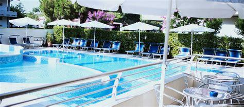 appartamenti mare last minute last mminute residence ed appartamenti con piscina a