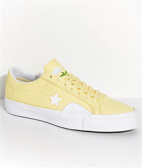 light yellow converse shoes converse x chocolate one pro yellow white skate