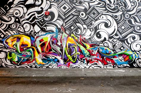 San Francisco Wall Mural graffiti artist reyes steel revoke spray paint a
