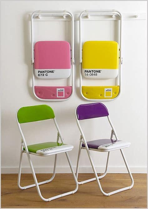 pantone sedie true colors sotto il segno di pantone te la do io firenze