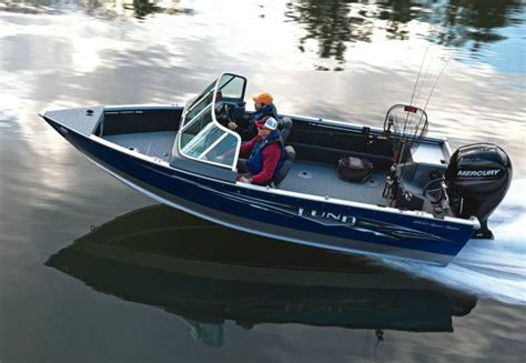 aluminum fishing boat buyers guide 2014 lund 1800 sport angler buyers guide us boat test