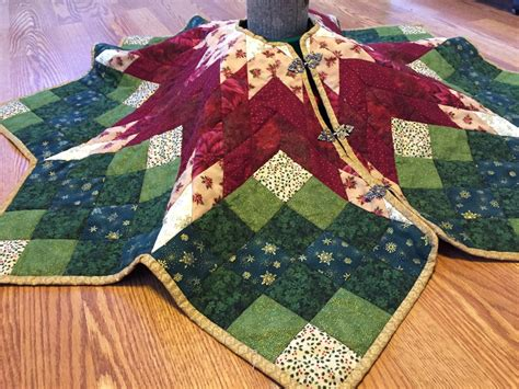Patchwork Tree Skirt Pattern - quilted tree skirt quilted tree skirt poinsettia