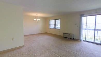 1 bedroom apartments quincy ma bedrooms 1 bedroom the clipper rentals quincy ma apartments com