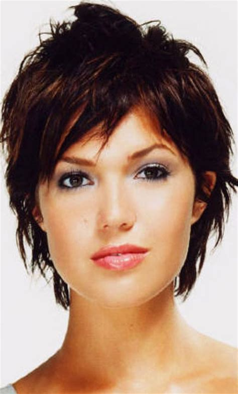 17 best images about medium hair with white or larger rods 40 cute short hairstyles short hairstyles haircuts 2017