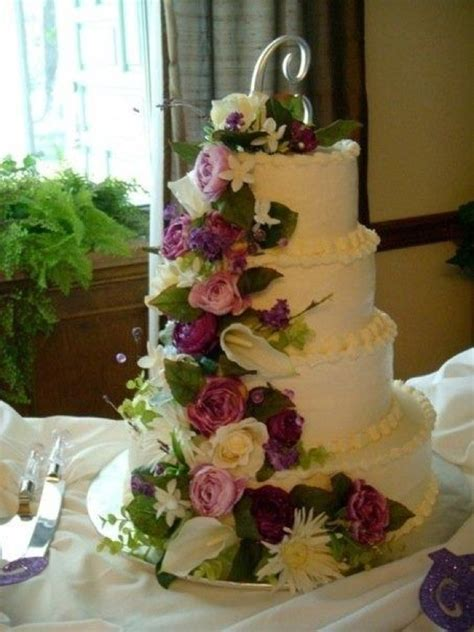 Silk Flower Wedding Cake by Silk Flowers On Wedding Cake Wedding Ideas For