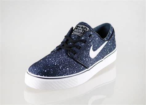 Sepatu Nike Janosky Sb Premium nike sb zoom stefan janoski premium black ivory gum light brown asphaltgold
