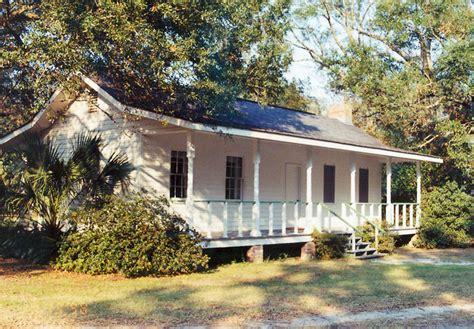 Jefferson Davis Home by Beauvoir The Jefferson Davis Home And Presidential
