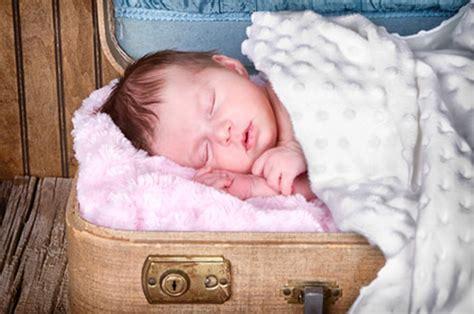 cosa portare in ospedale valigia neonato cosa mettere lista di cosa portare