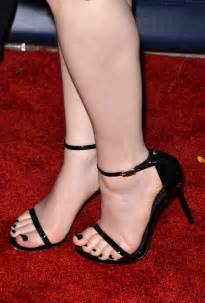Is Diana Krall Blind Kat Dennings S Feet