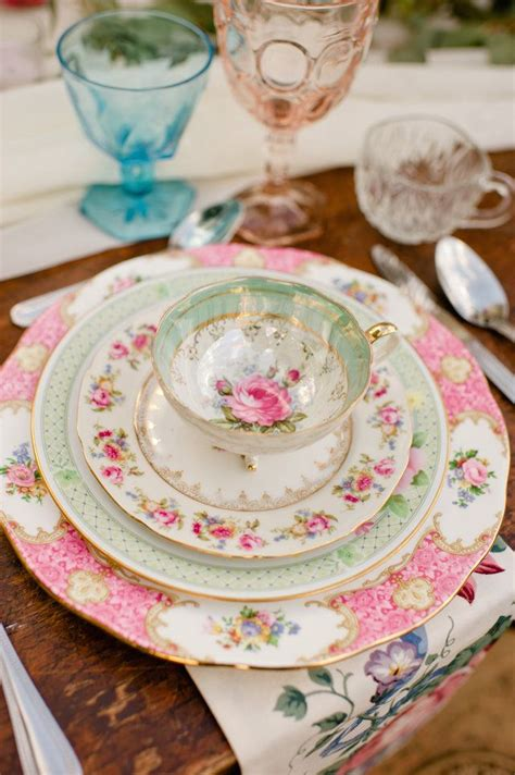 vintage china 25 best ideas about mismatched china on pinterest