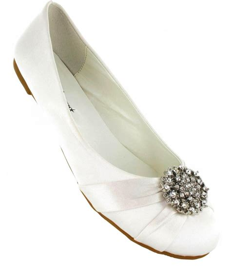 ivory bridal shoes flats tips to find the right pair of ivory wedding shoes