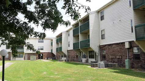 Based On Income Housing by Greenleaf Apt Income Based Rentals Muskogee Ok