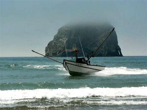 dory boat cost pacific city dory fleet rolls with the tide tillamook coast