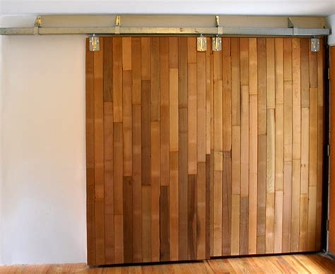 Diy Barn Doors Diy Barn Doors Made From Reclaimed Lumber Diy Barn Door Pantry And Doors