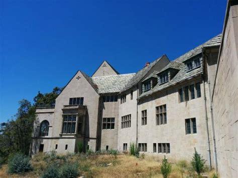greystone mansion greystone mansion la picture of greystone mansion and