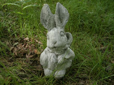 Bunny Garden Statue by Vintage Bow Bunny Rabbit Cement Garden Statue Weathered